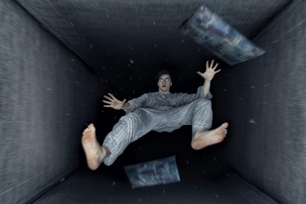 jatuh daripada bangunan