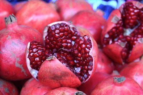 buah yang berkhasiat